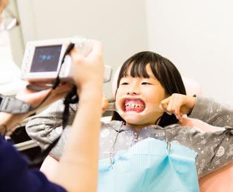 お子様の矯正治療の3つのメリット